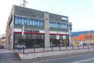 Ivrea - locale commerciale al p.t. fronte strad...
